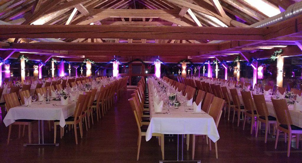 Schafstall Reutlingen mit Ambiente-Beleuchtung