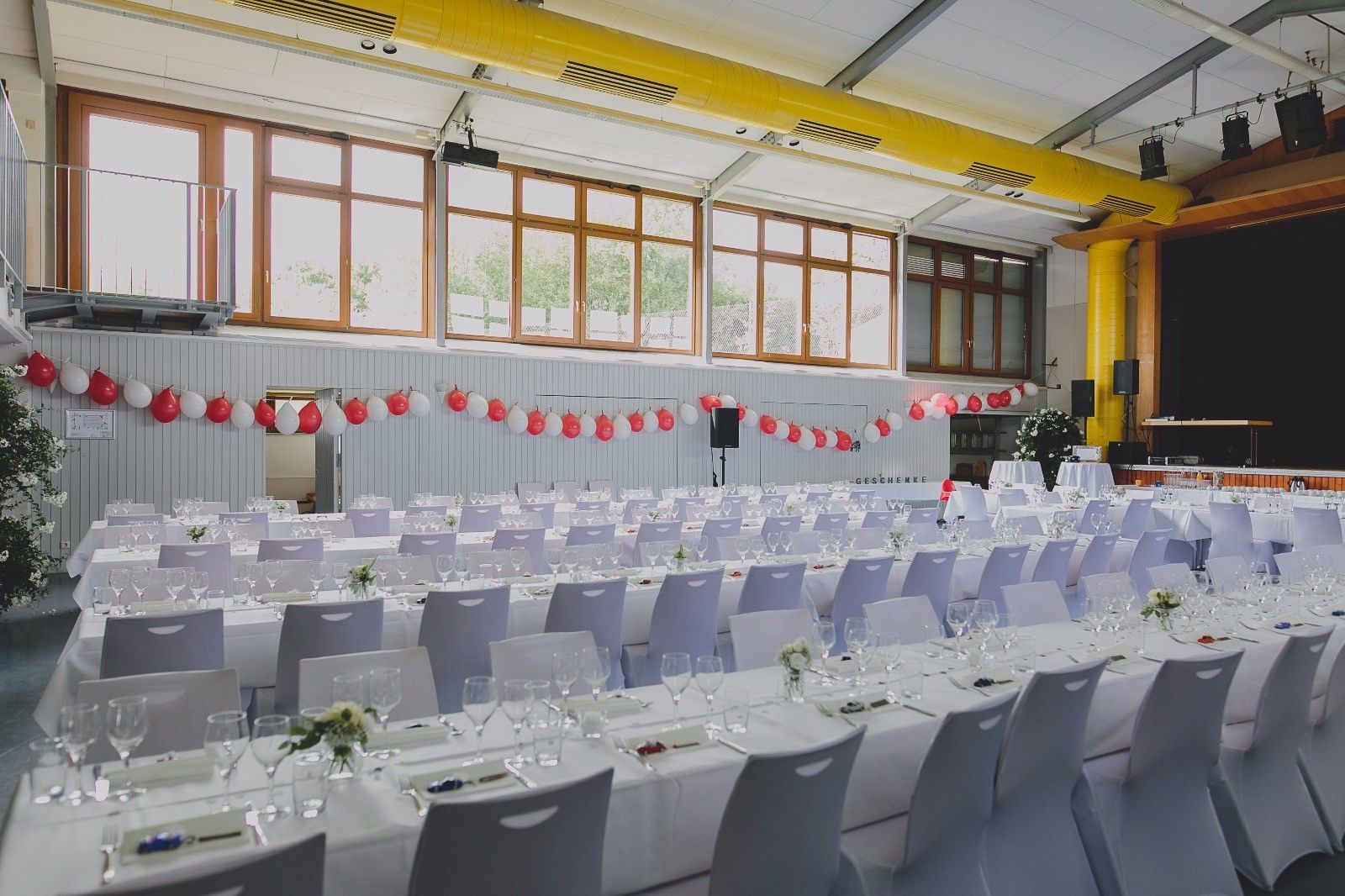 Stuhlhussen Selber Machen Hochzeit stuhlhussen mieten - djdanny.de