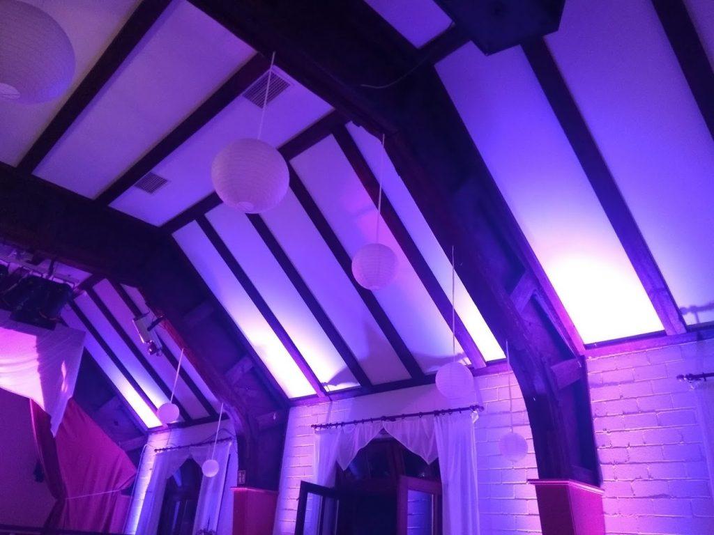 Schloßsaal Bühl Ambiente-Beleuchtung Wandansicht