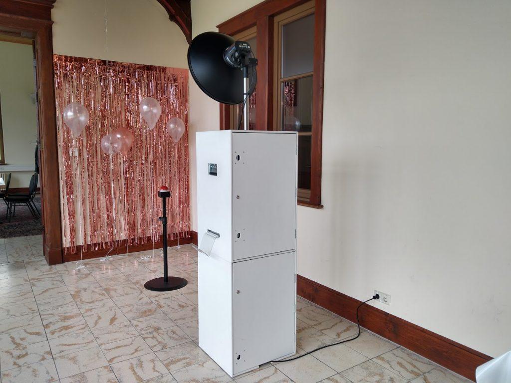 Unsere Fotobox Deluxe im Eingangsbereich des Albgut Münsingen Württemberg Palais